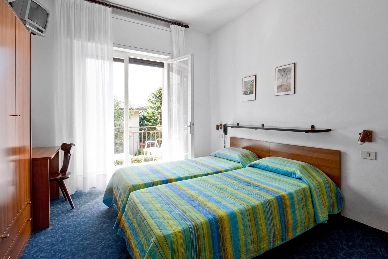 Villa Mimosa - B&B - Torbole sul Garda - camere bedrooms