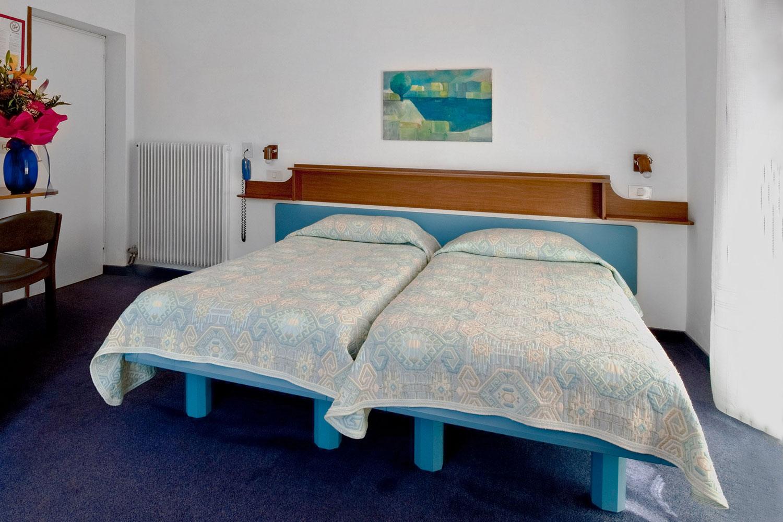Villa Mimosa - B&B - Torbole sul Garda - camere - bedrooms